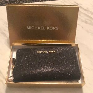 NWT large Michael Kors wallet
